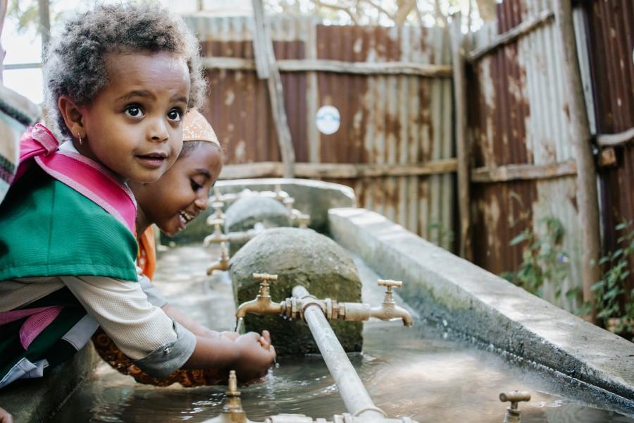 Wasserbrunnen bau in Afrika