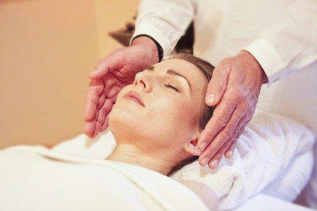 Frau macht wellness will be massaged in the luxury market in 2021