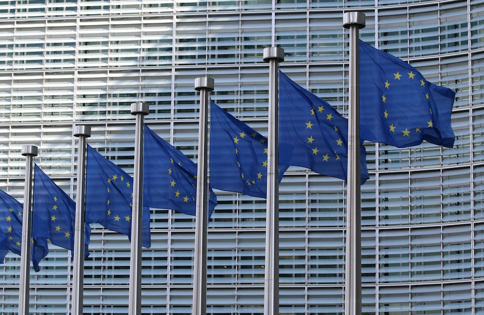 New EU climate target, EU flags in the picture