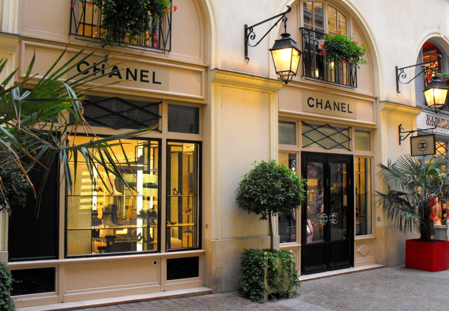 Chanel Store Milan sustainability