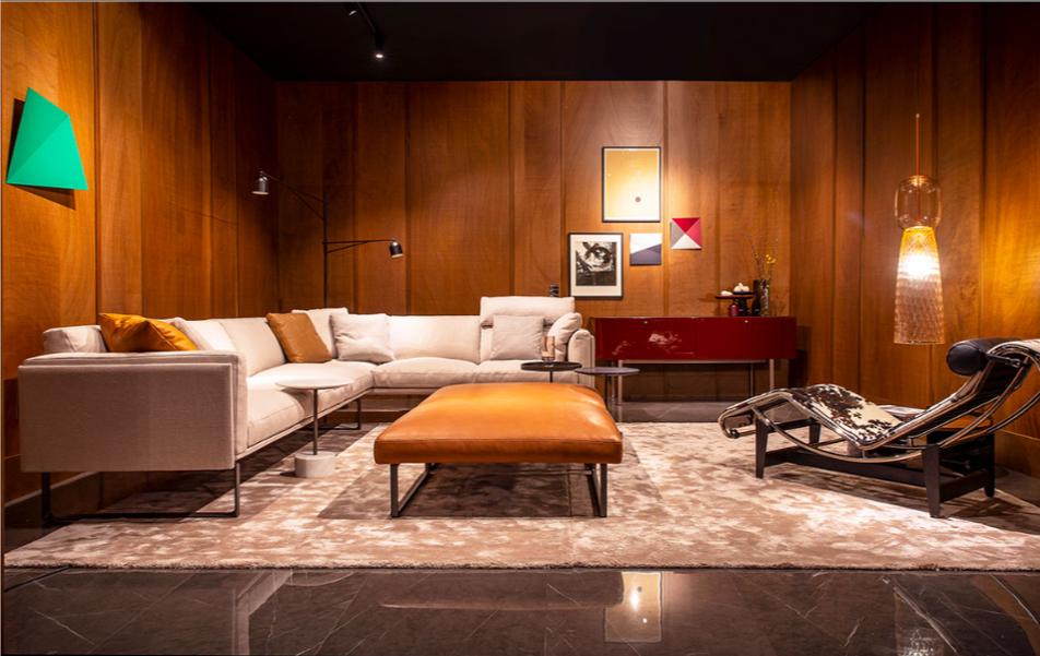 Living room furnished with a GT design carpet