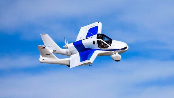 Urban Air Mobility Terrafugia Transition in flight